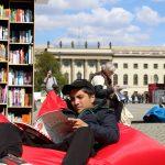 Ob Zeitung oder Buch bei StadtLesen in Berlin findet jeder die passende Lektüre...
