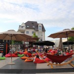 Strahlender-Sonnenschein-und-eine-herrliche-Kulisse-am-Sebastian-Münster-Platz-in-Ingelheim