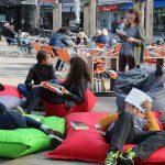 Lesen unter freiem Himmel in Wolfsburg